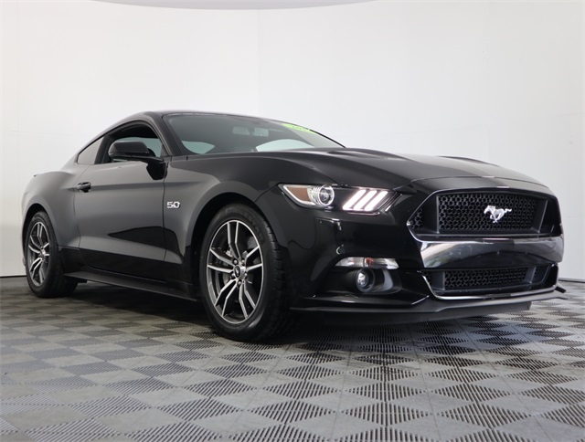 2017 Mustang Gt For Sale >> Pre Owned 2017 Ford Mustang Gt Rwd 2d Coupe